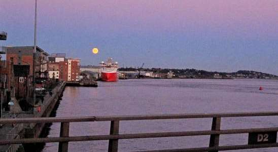 Dundee docks with moon